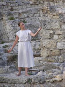 Соло на древней стене