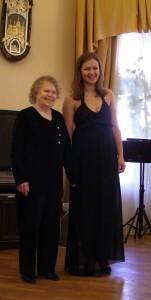 Бабушка и внучка впервые вместе на сцене
